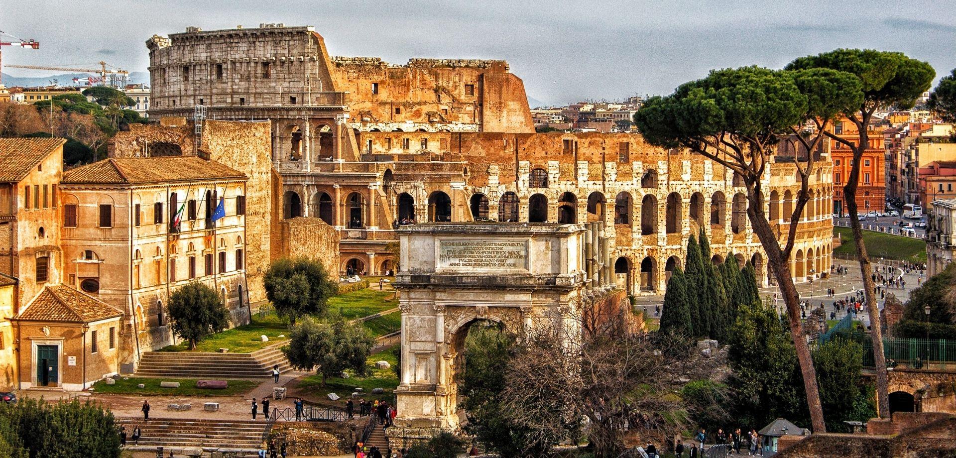 Tour di Roma: un viaggio tra bellezza e gusto