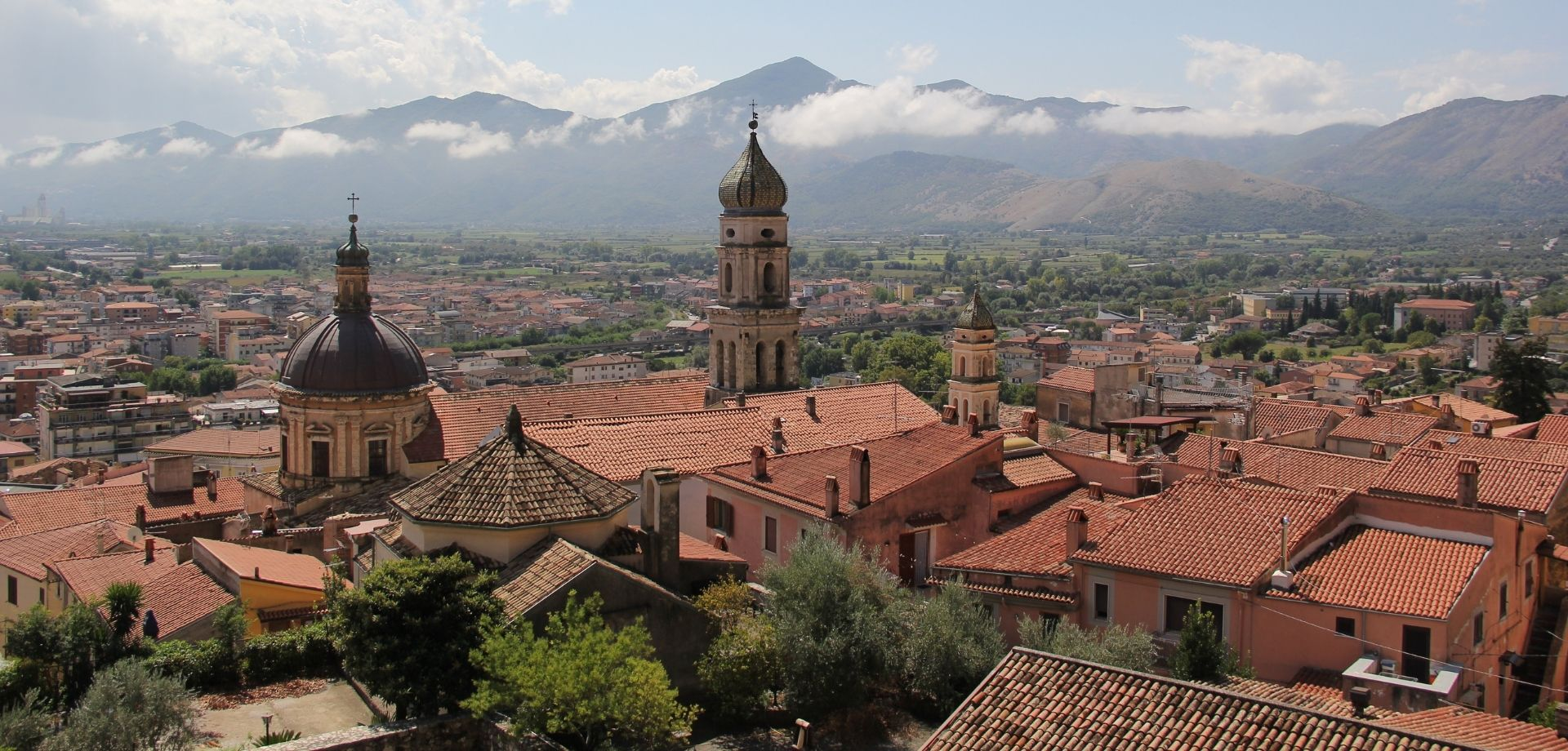 Between ancient castles and towns in Molise