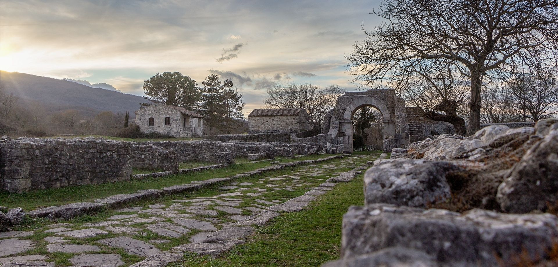 Borghi, archeologia e cashmere a Sepino